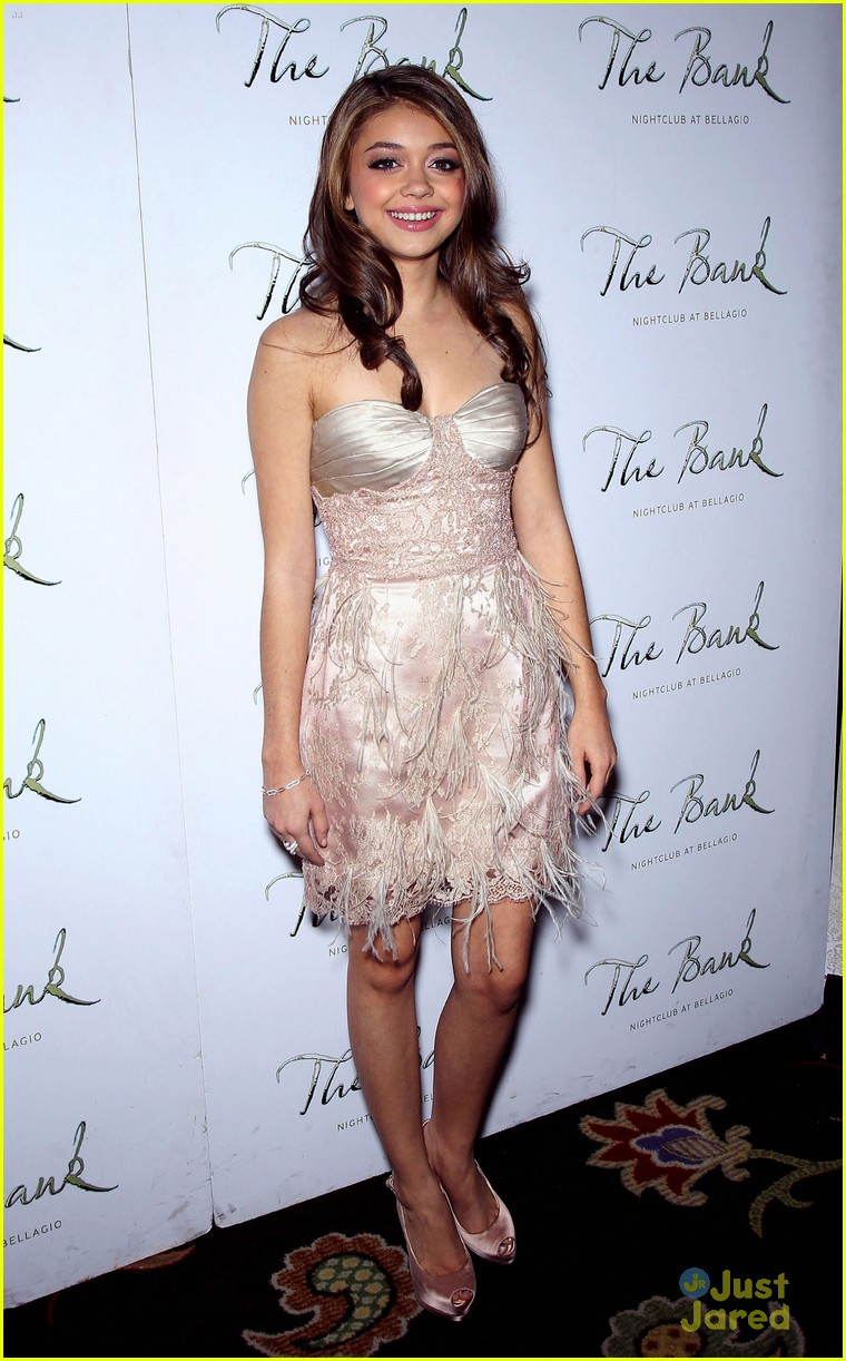 sarah hyland bank birthday 15