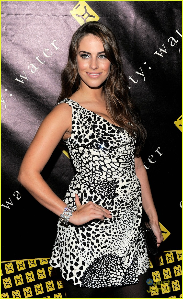 jessica lowndes charity ball 04