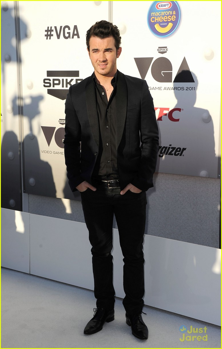 kevin jonas spike game awards 02