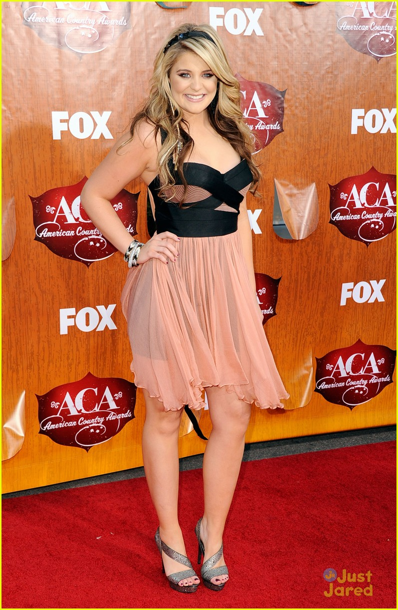 lauren alaina american country awards 01