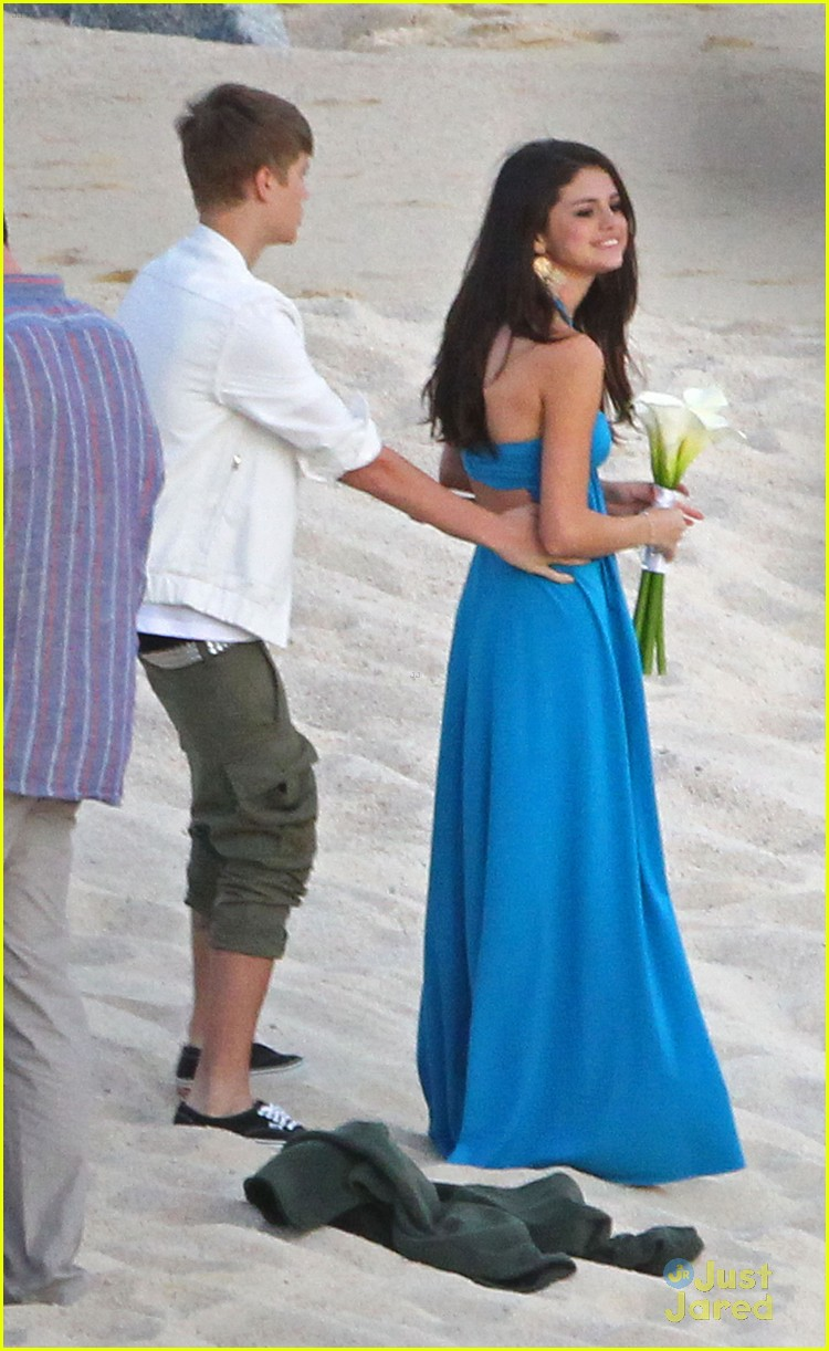 justin selena wedding party 12