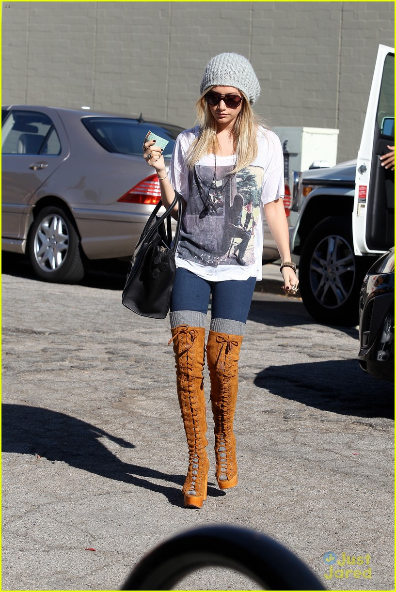 ashley tisdale lace boots shopping 13