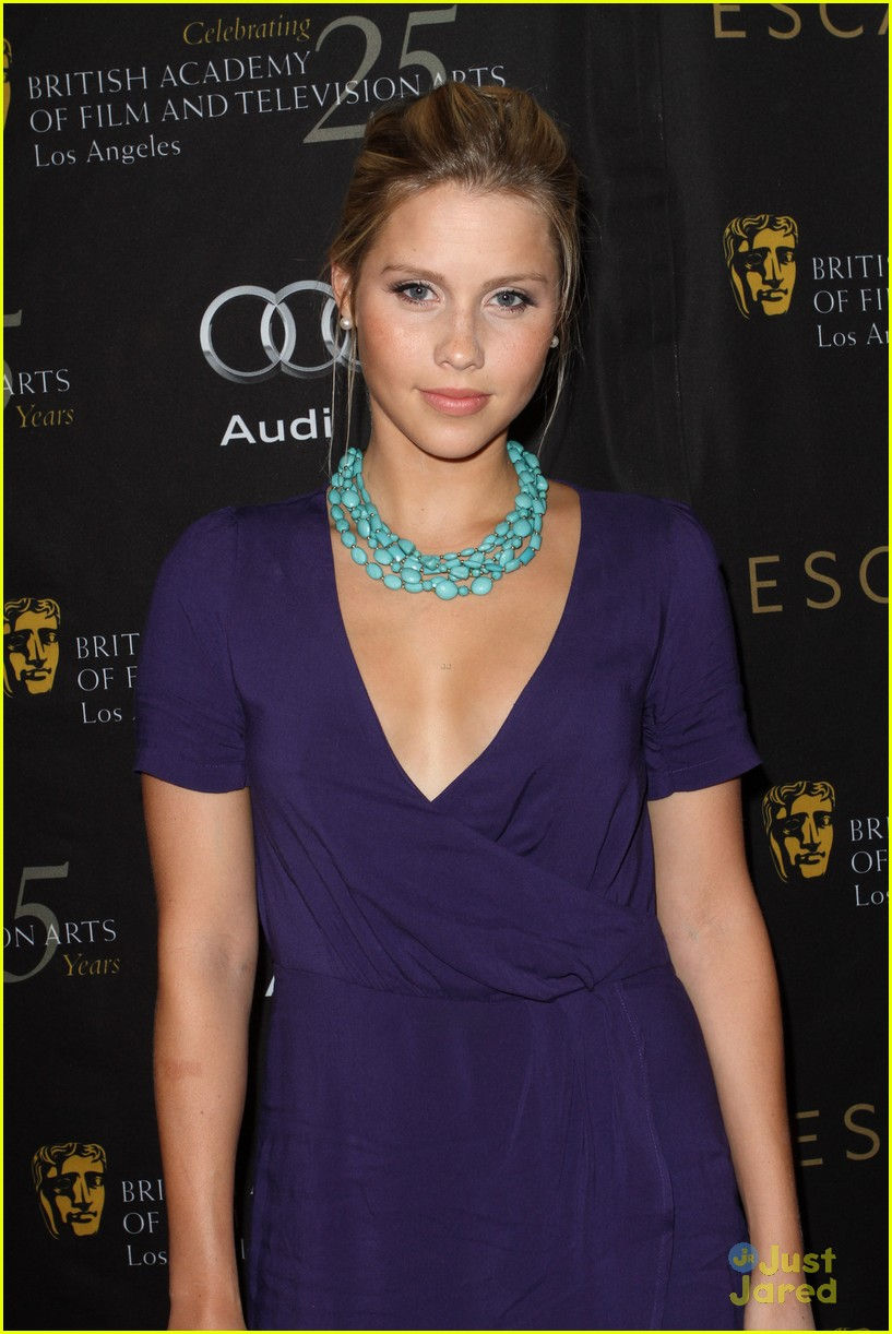 claire holt bafta tea party 01