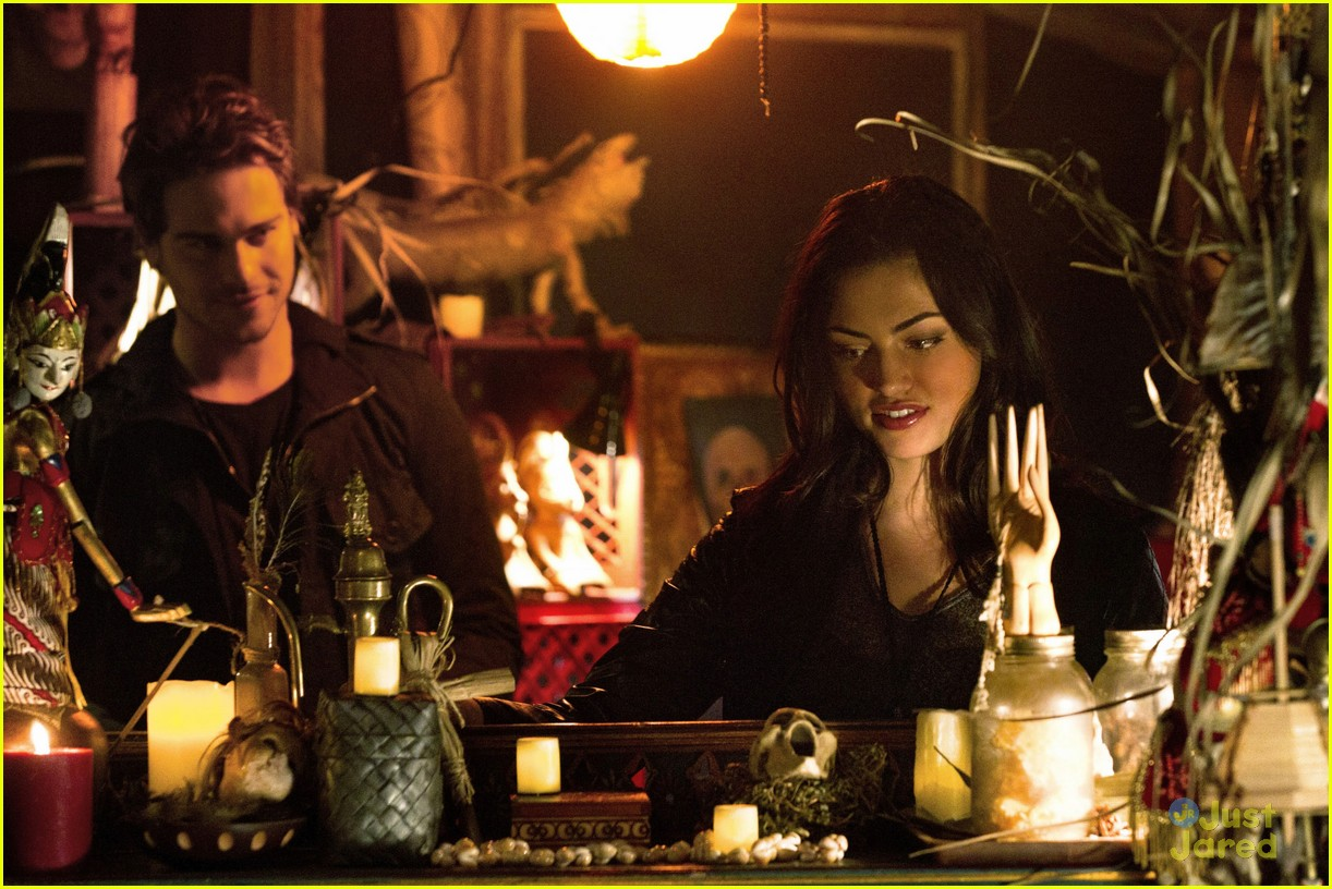 grey damon secret circle 05