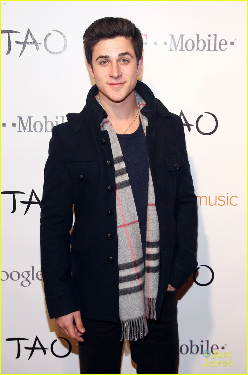 david henrie sundance boarding 04