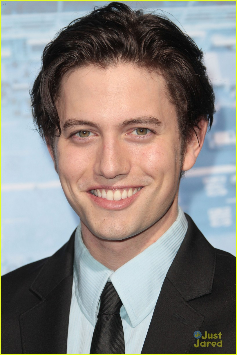 jackson rathbone man ledge 04