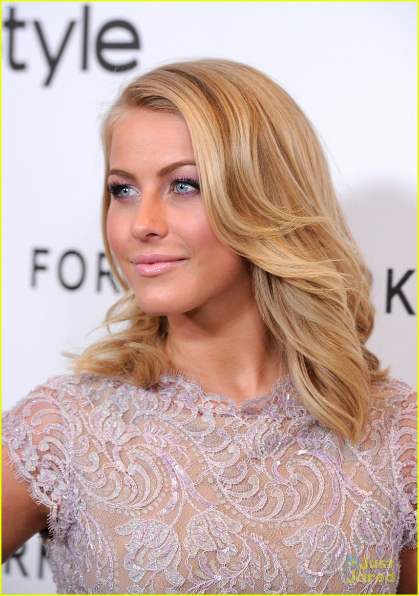 julianne hough jeans forevermark 01