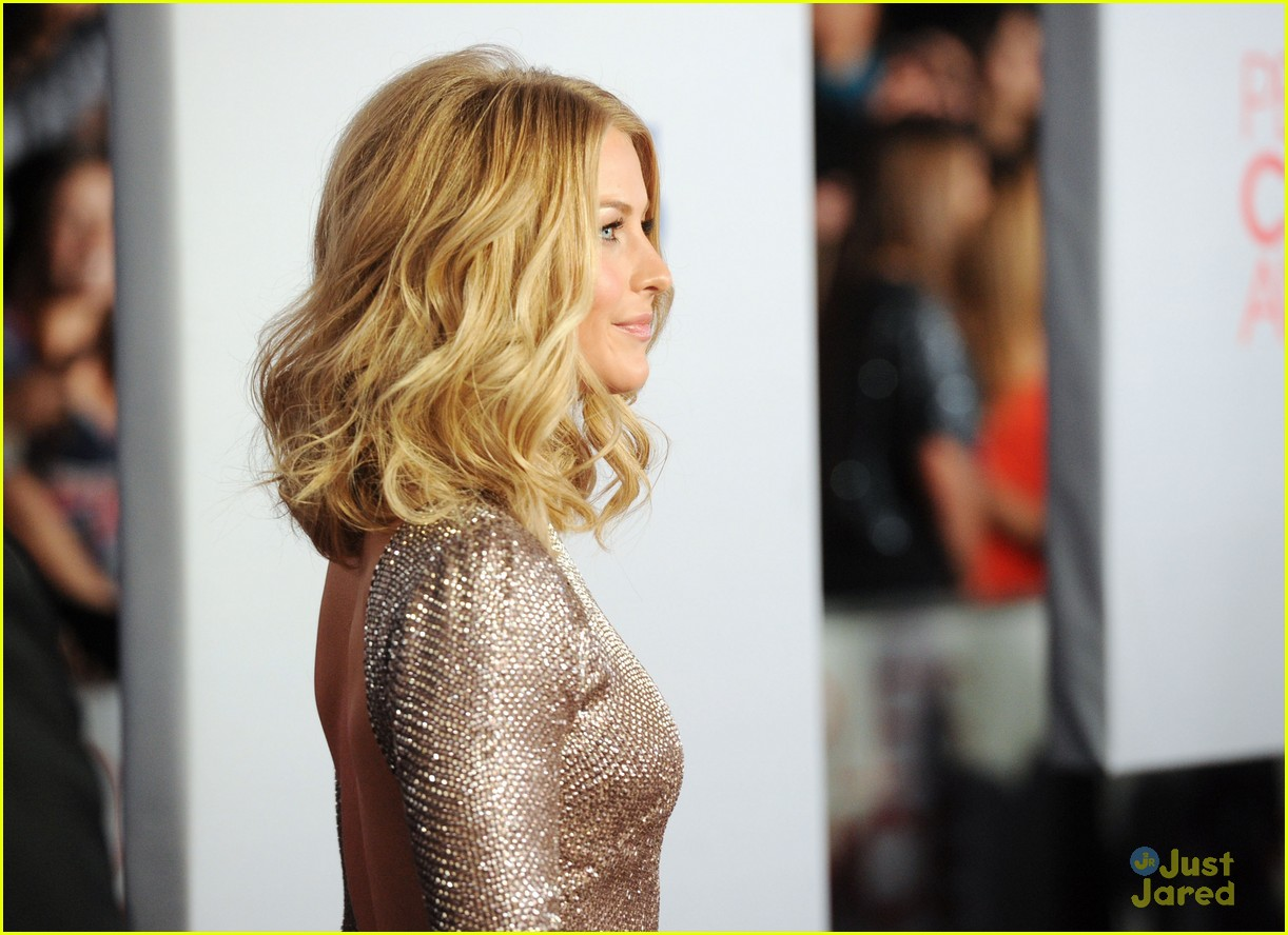 julianne hough 2012 pcas 05