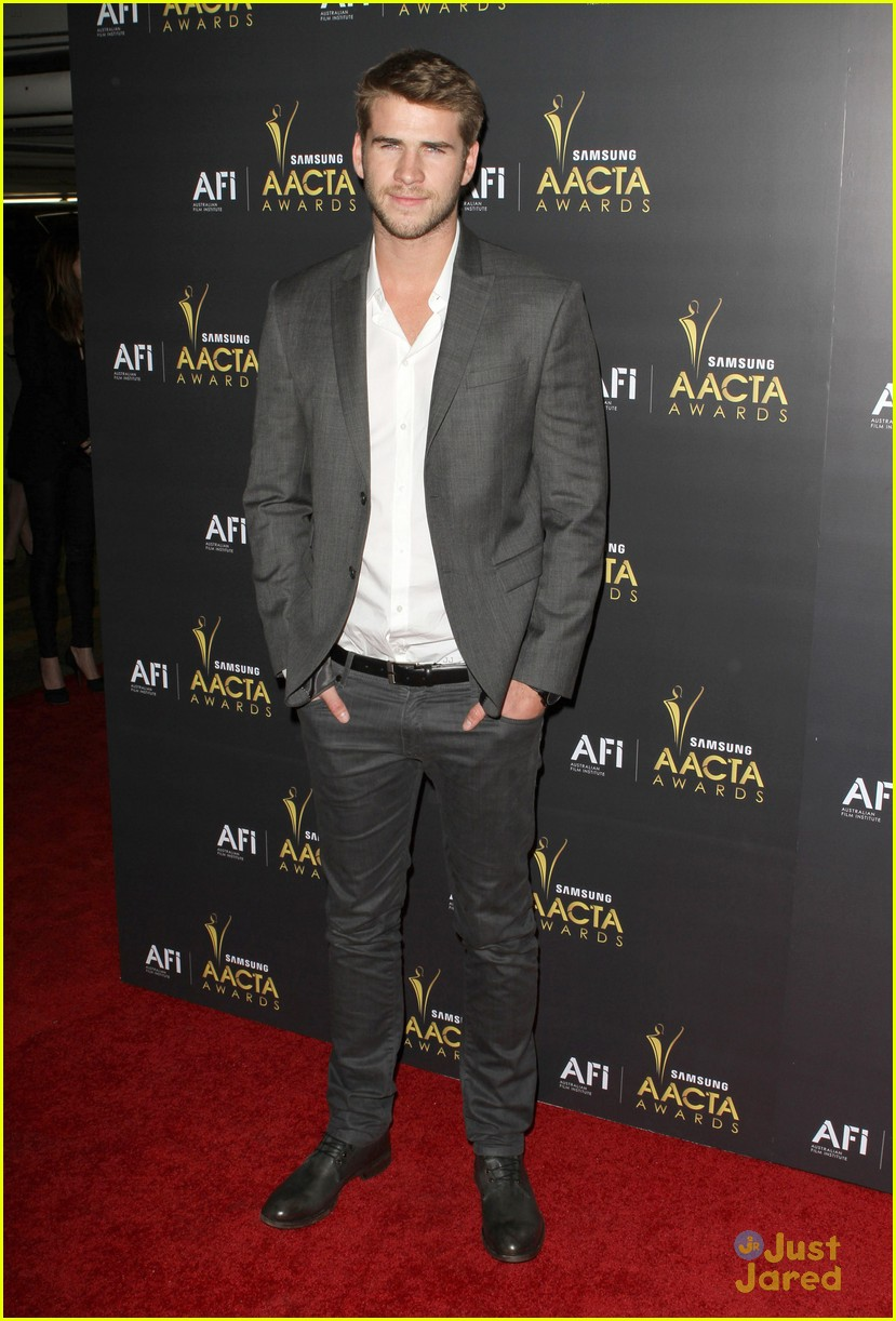 liam hemsworth aussie awards timeless 04