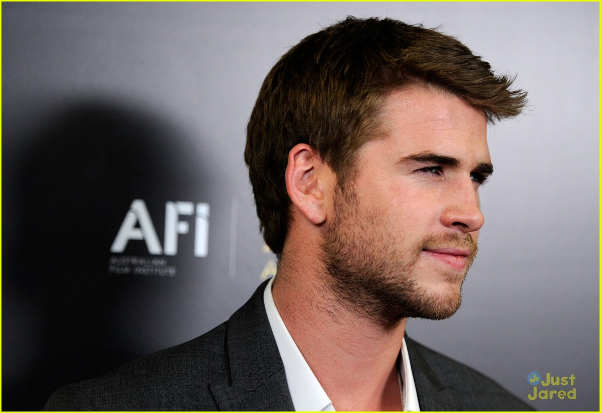 liam hemsworth aussie awards timeless 05