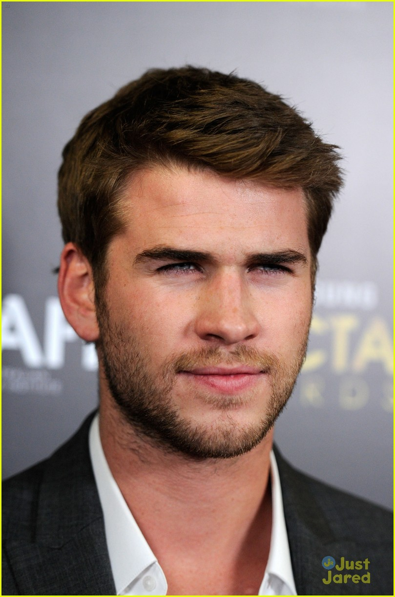 liam hemsworth aussie awards timeless 08