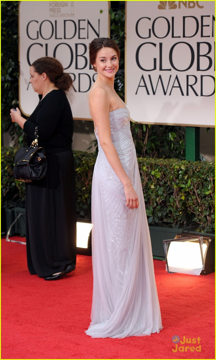 shailene woodley golden globes 05