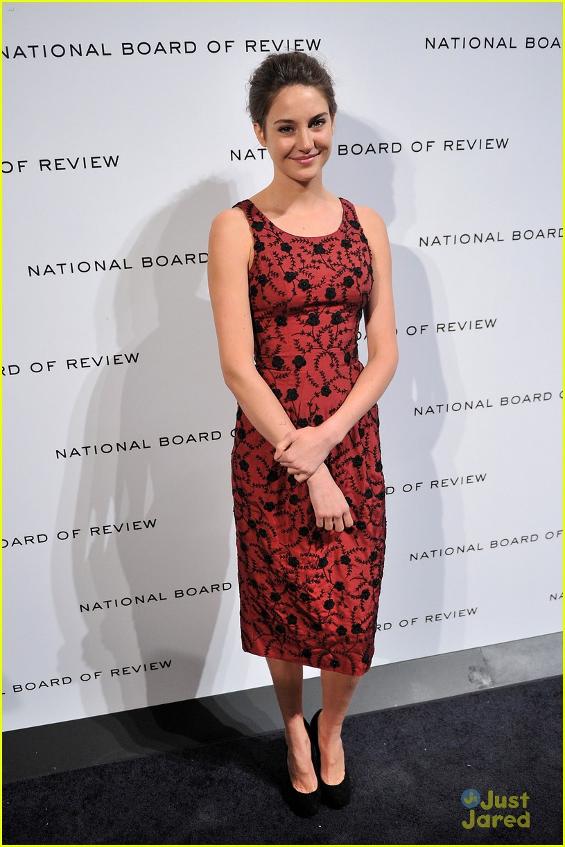 shailene woodley review gala 04