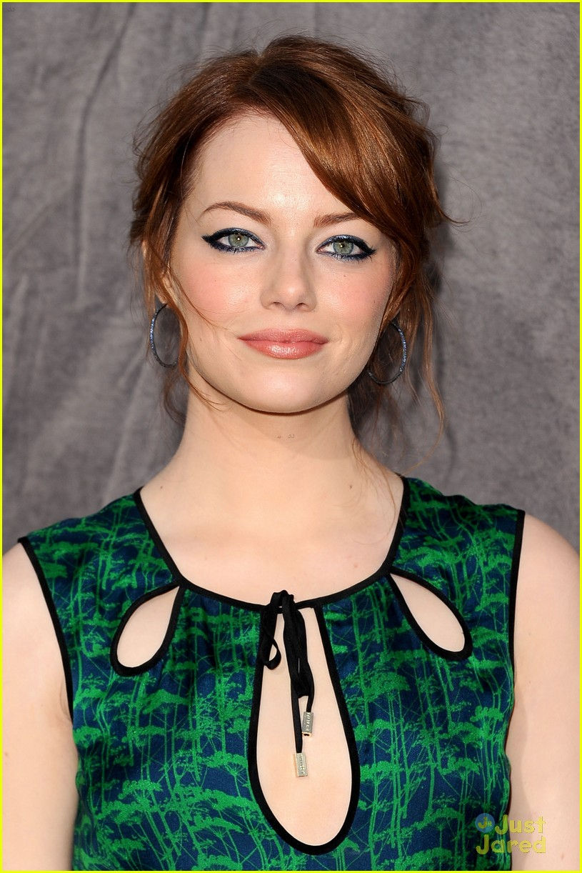 emma stone critics choice 15