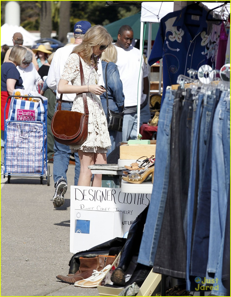 taylor swift flea market 03