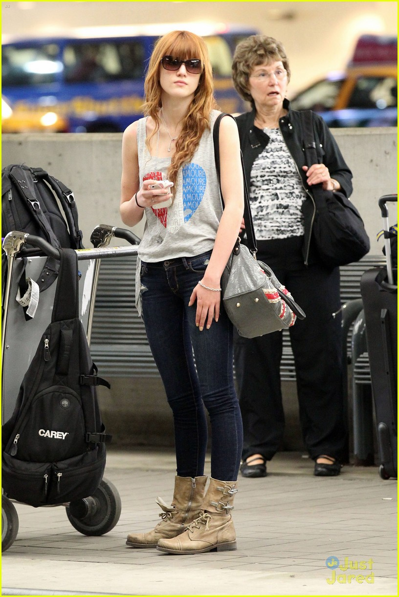 bella thorne miami arrival 07