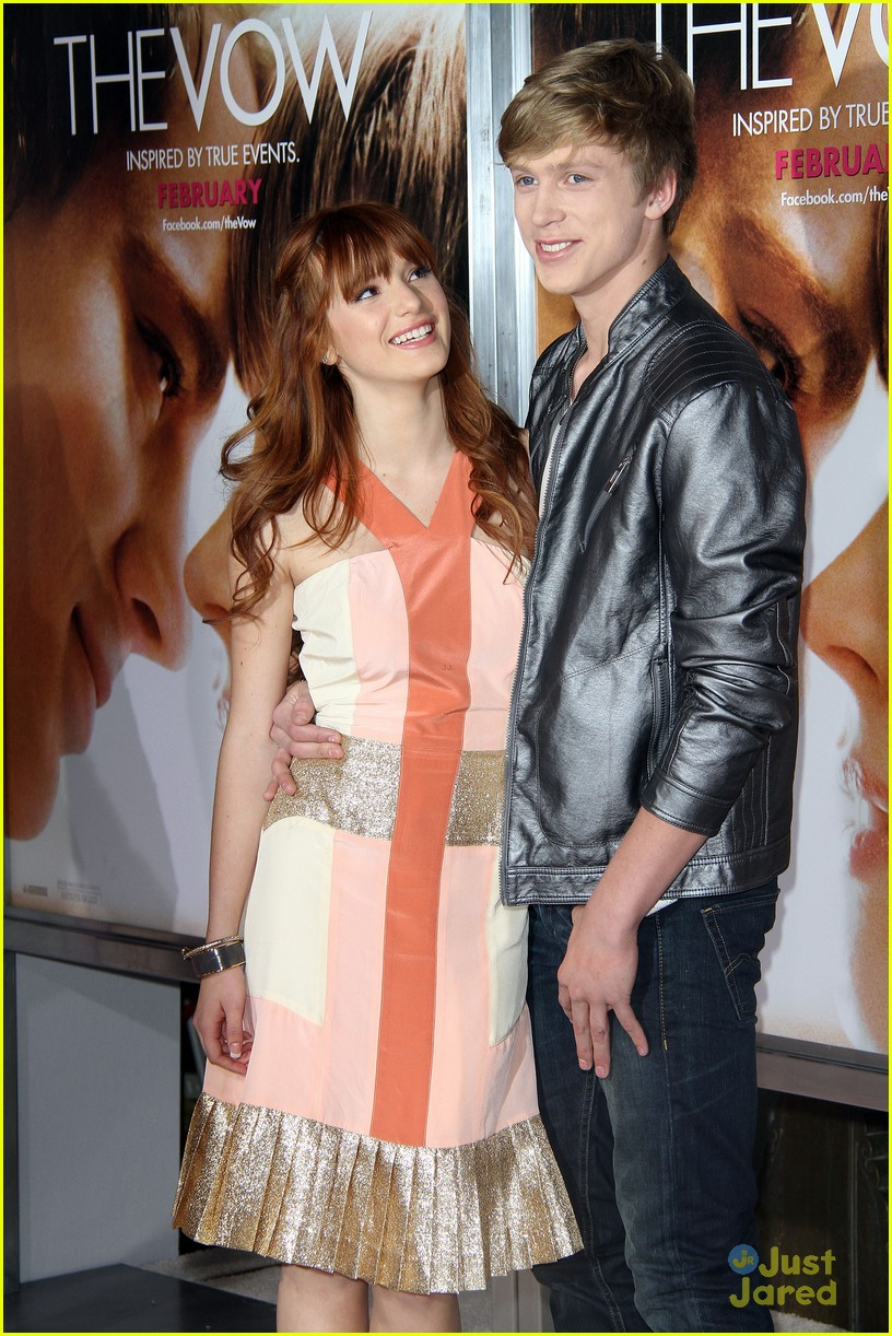 bella thorne vow premiere 02