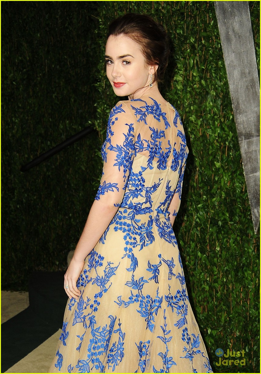 lily collins vf oscar chanel 06