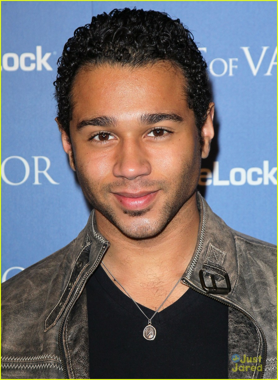 corbin bleu act valor 08