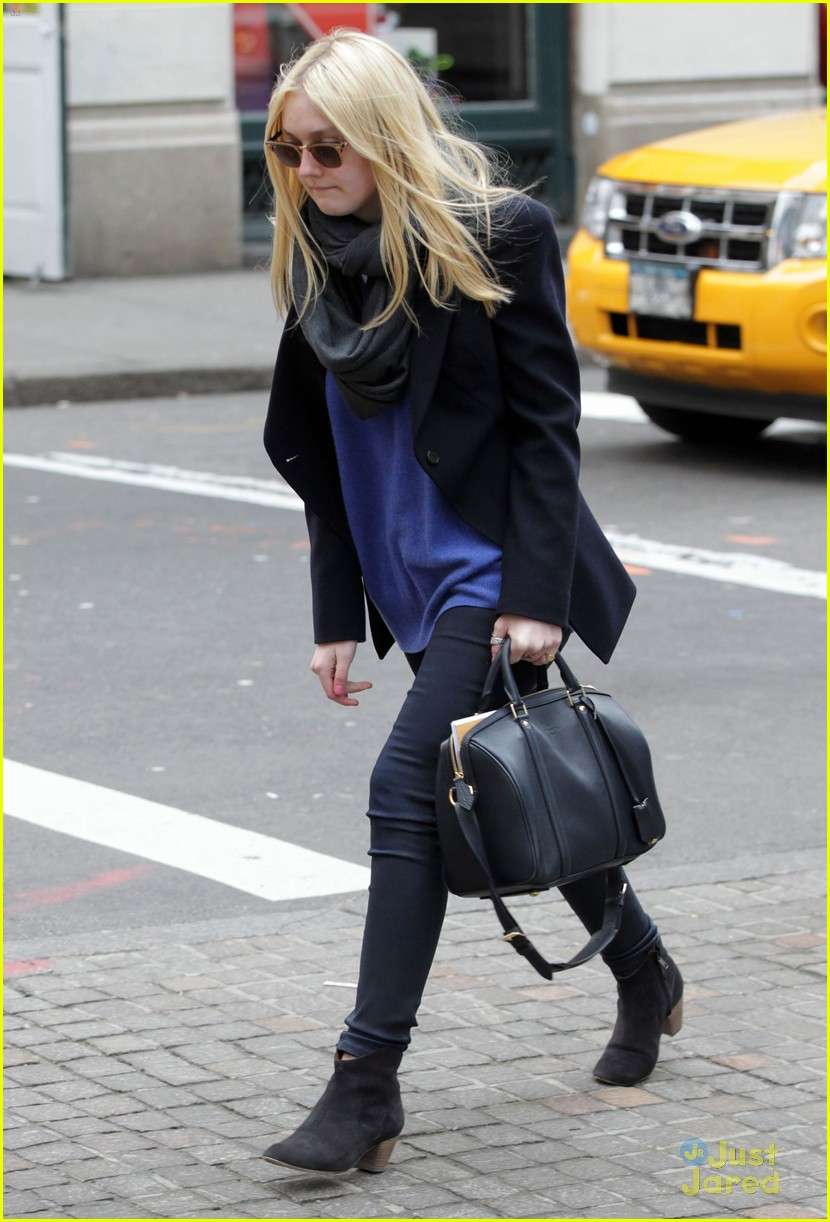 dakota fanning soho blue 01