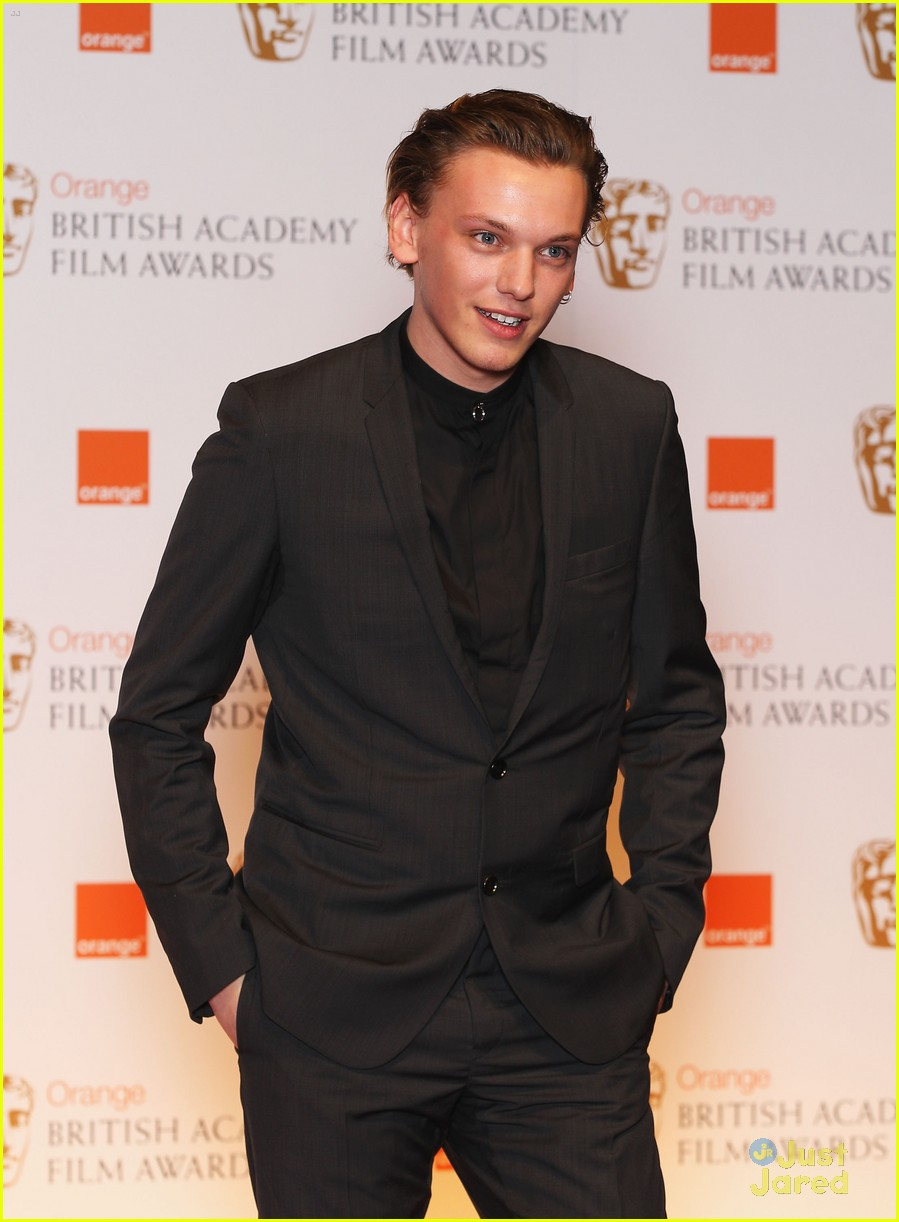 jamie campbell bower elle style awards 08