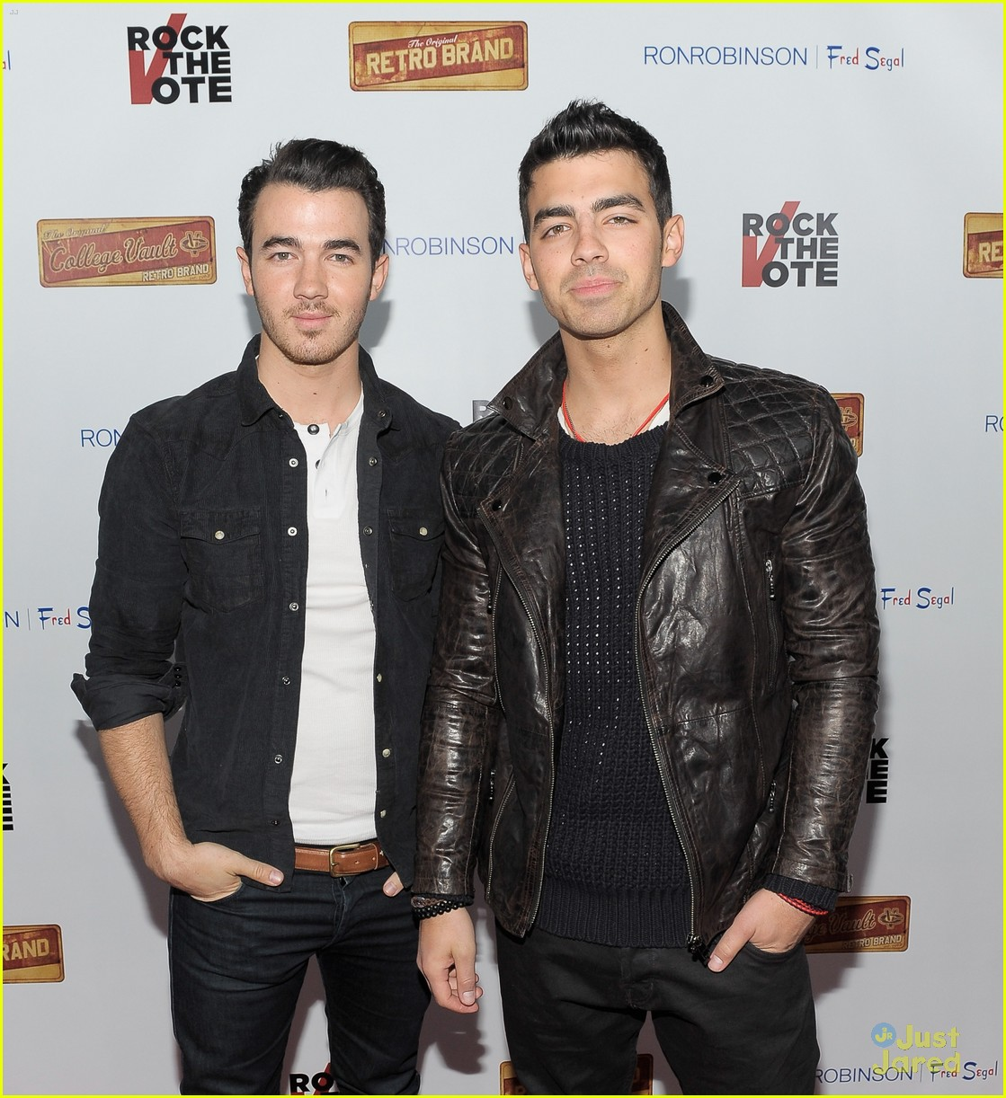 joe kevin jonas rock vote 02