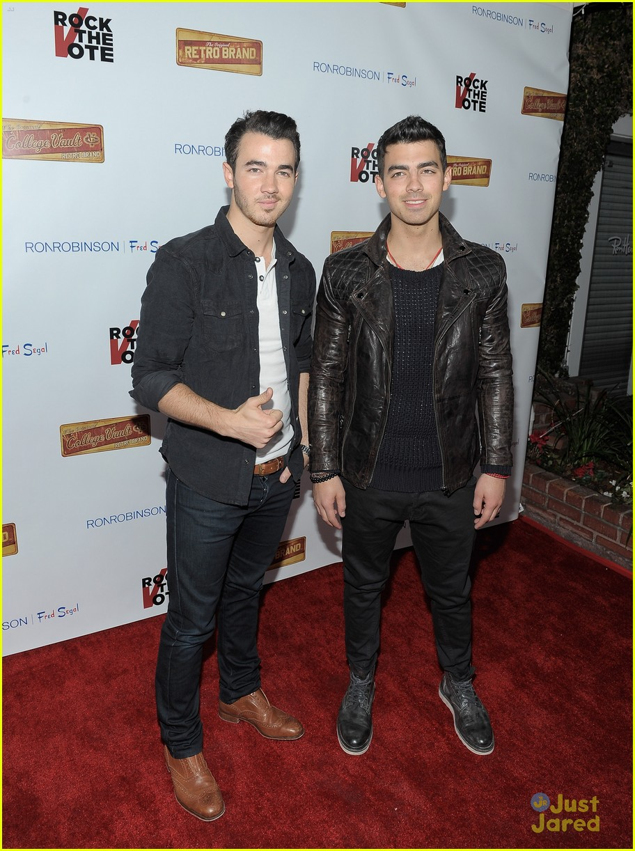 joe kevin jonas rock vote 09