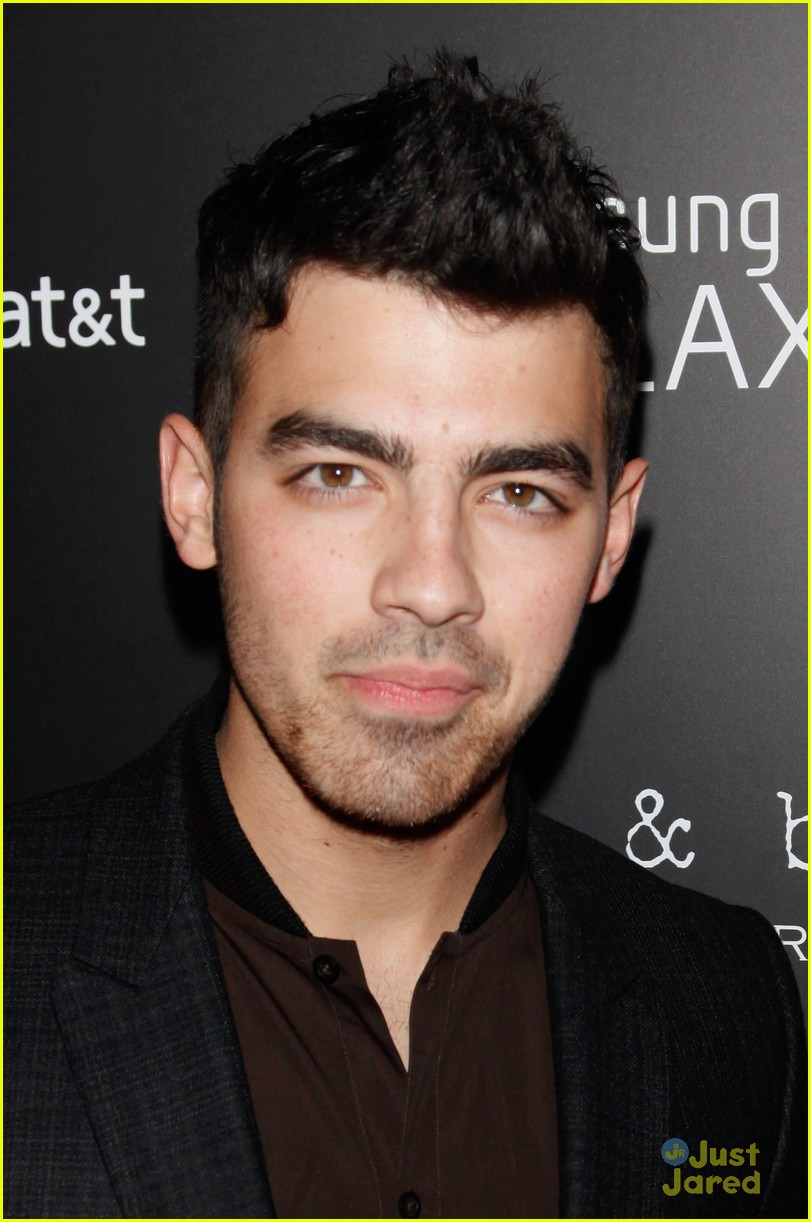joe jonas samsung note 01