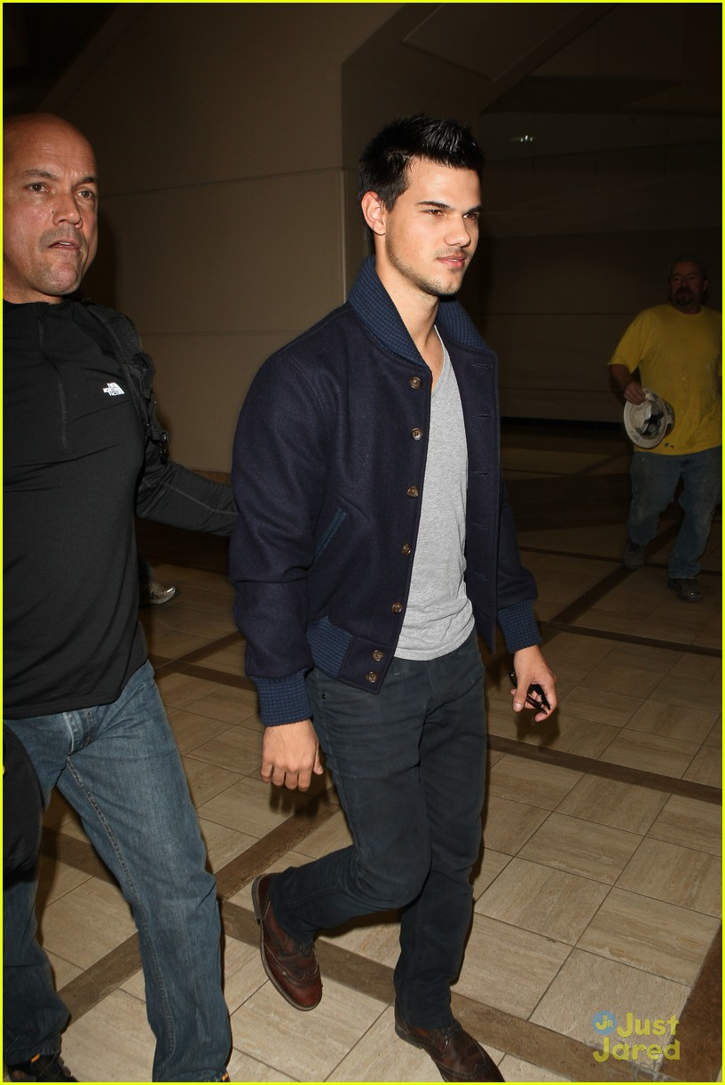 taylor lautner not stetch 12