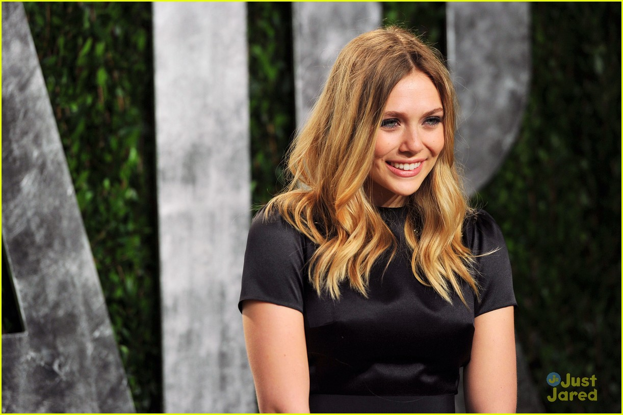 elizabeth olsen vf party 02