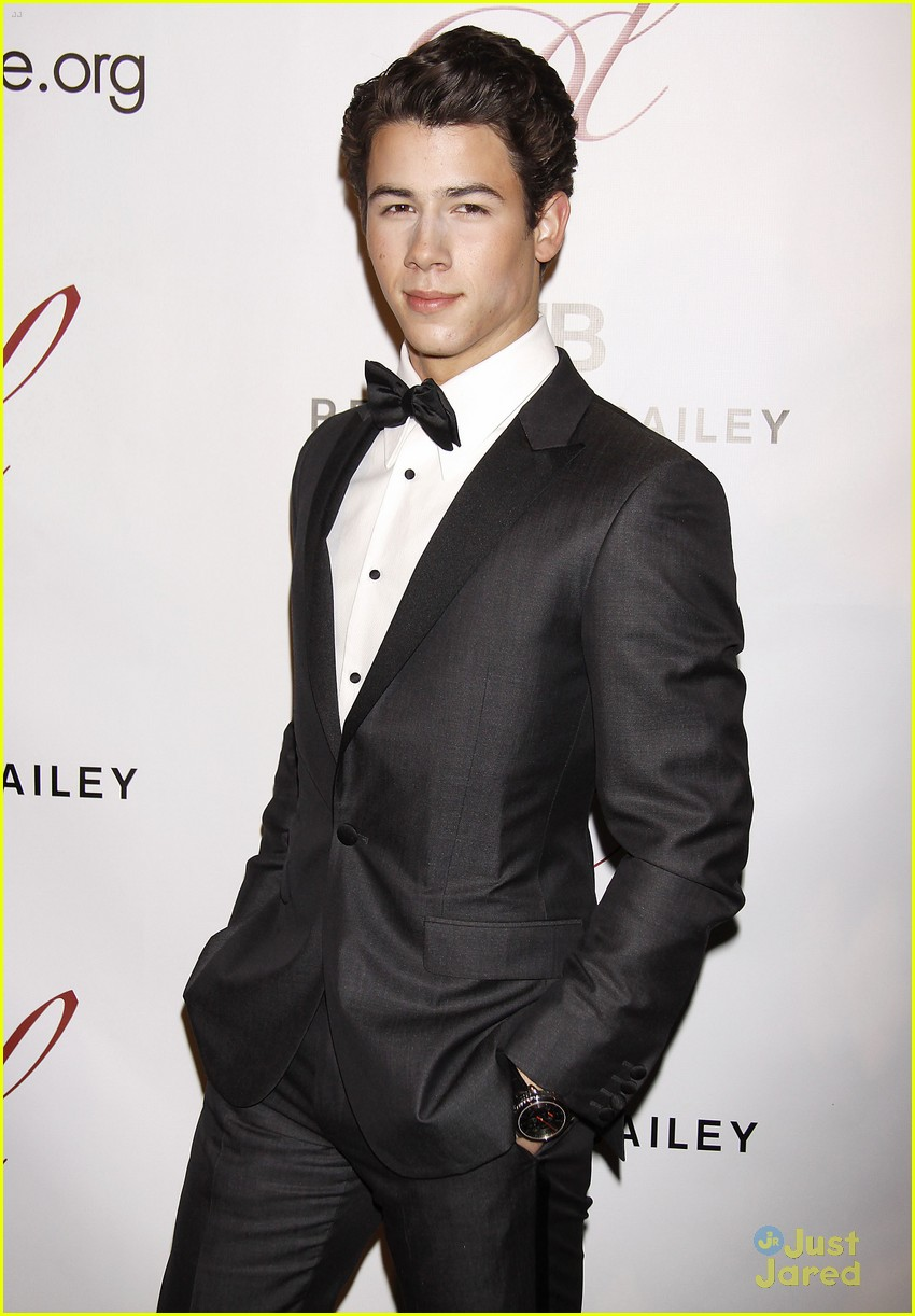 nick jonas drama desk league 01