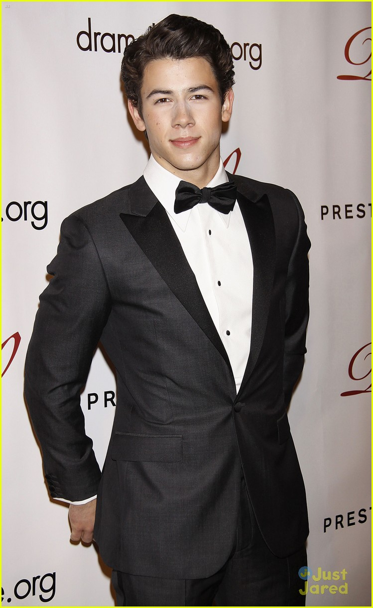 nick jonas drama desk league 07