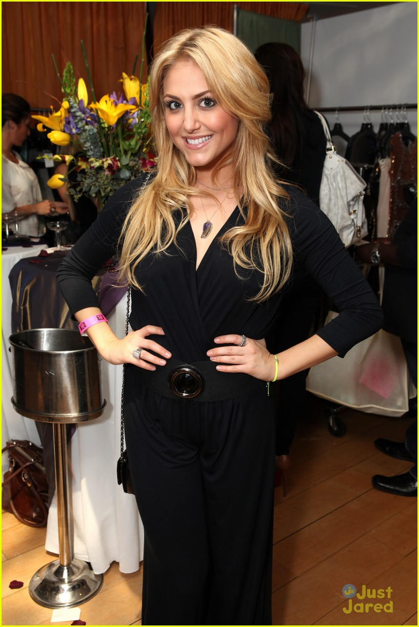 cassie scerbo ok oscar suite 11
