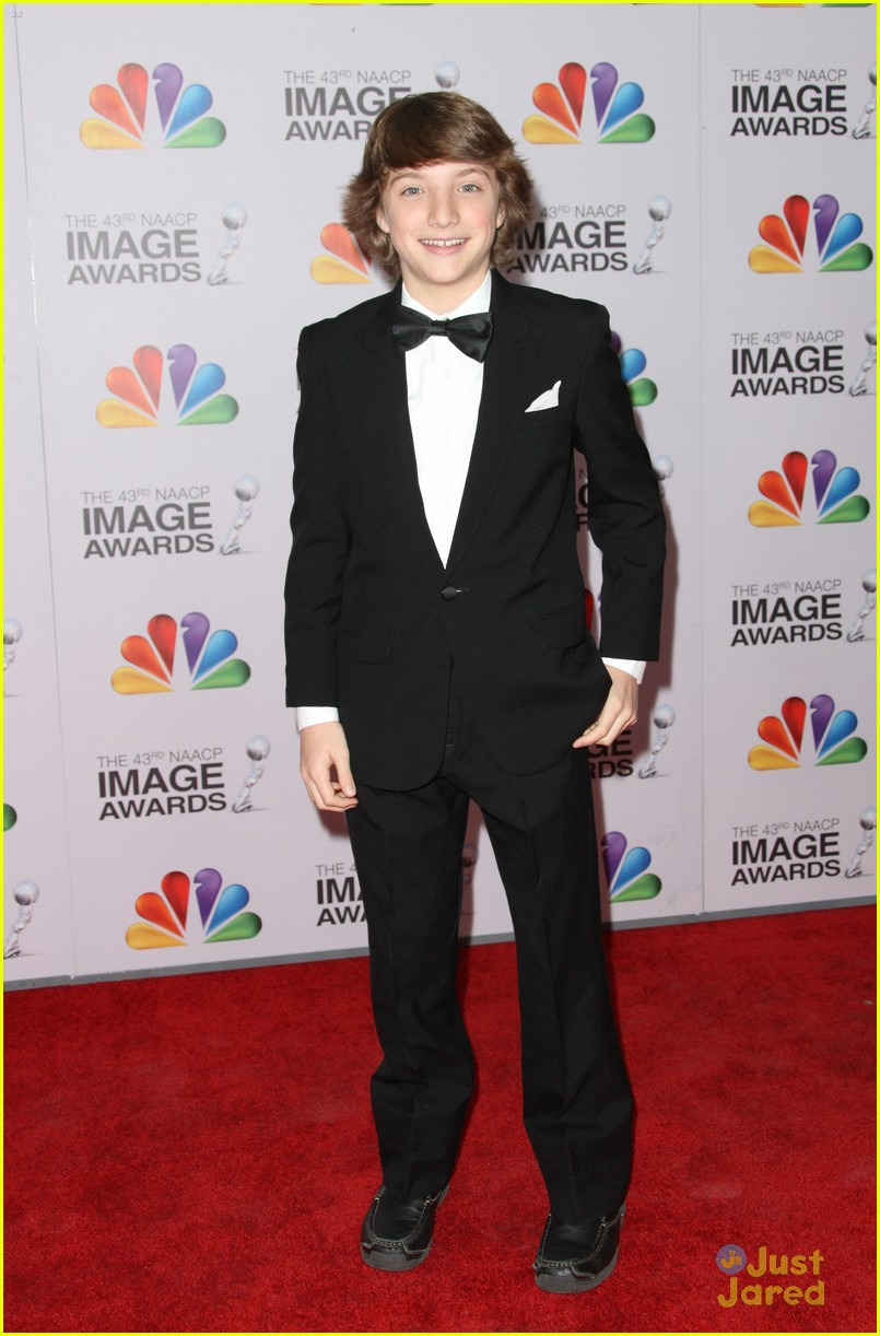 stefanie scott jake short image awards 13