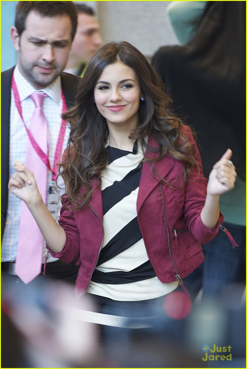 victoria justice el corte 07