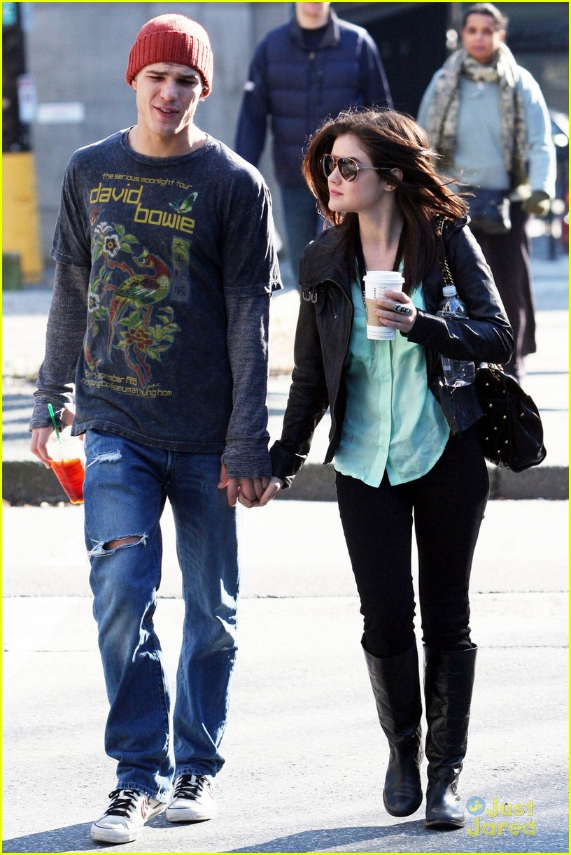 lucy hale holding hands with chris zylka 09