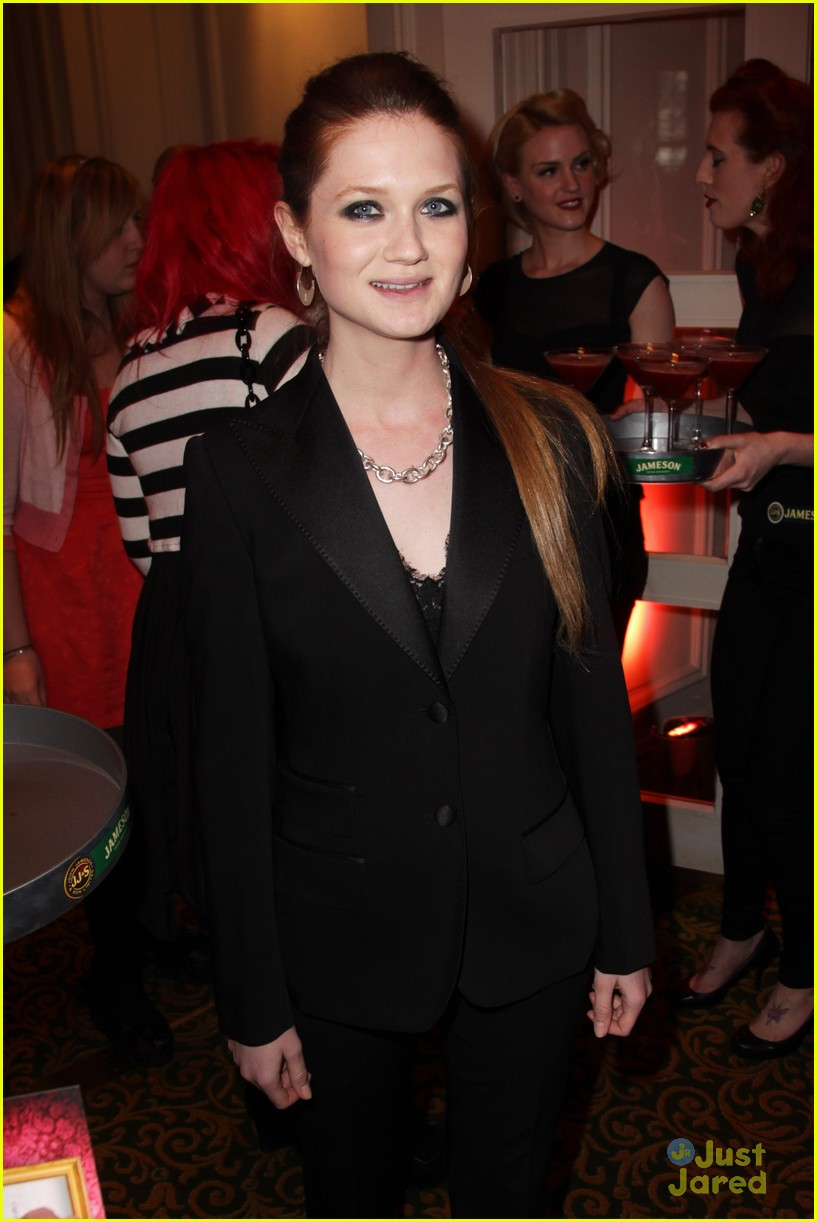 bonnie wright evanna lynch empire awards 01