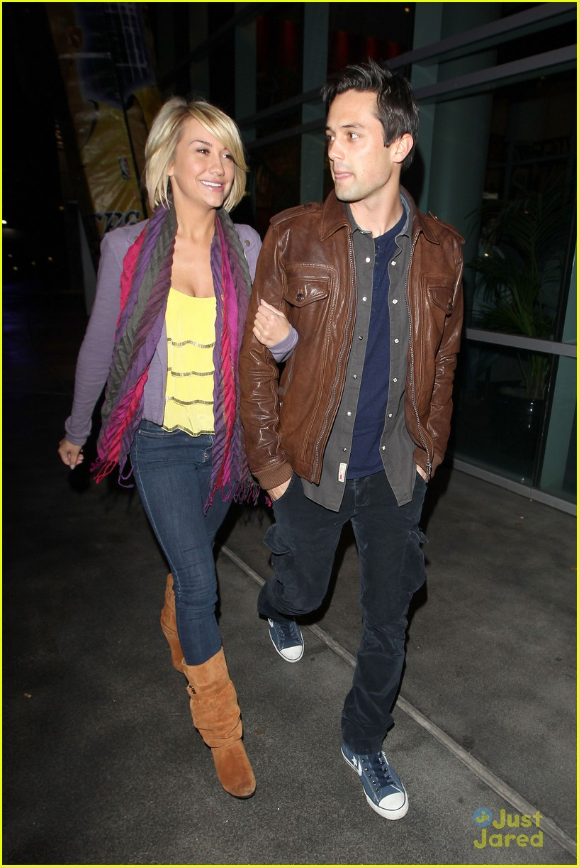 chelsea kane stephen colletti walk 02