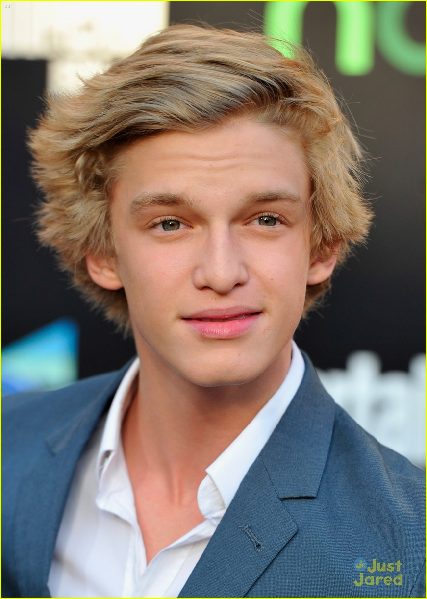 cody simpson thg premiere 11