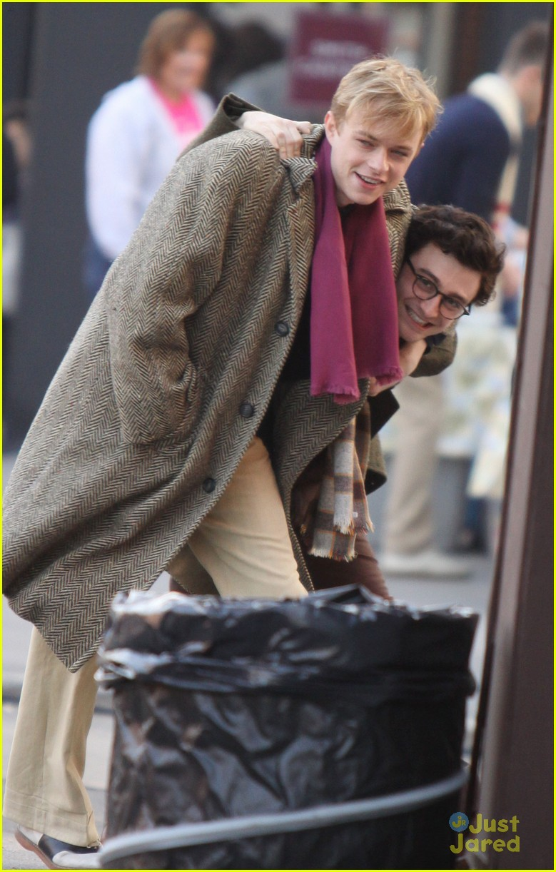 daniel radcliffe kill my darlings set 04