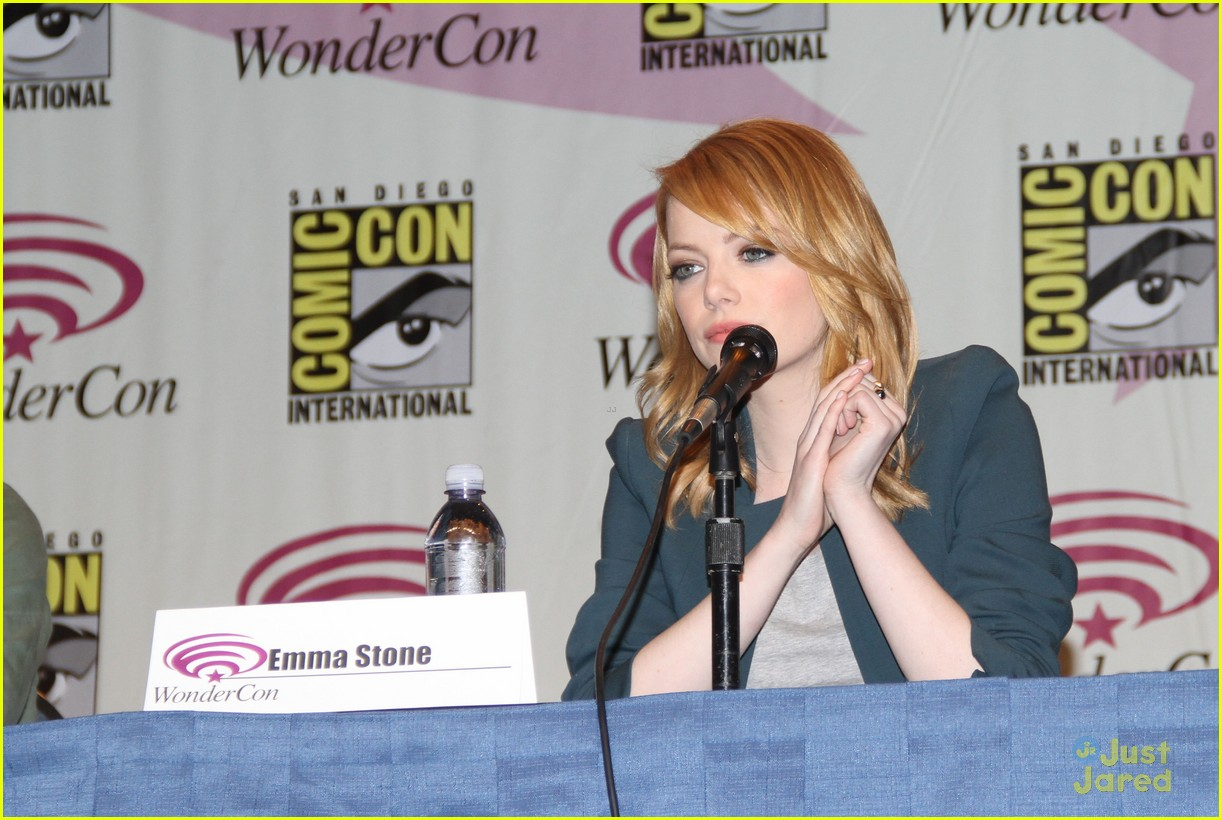 emma stone wondercon 01