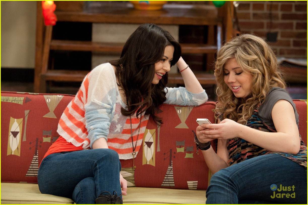 icarly moves out 04