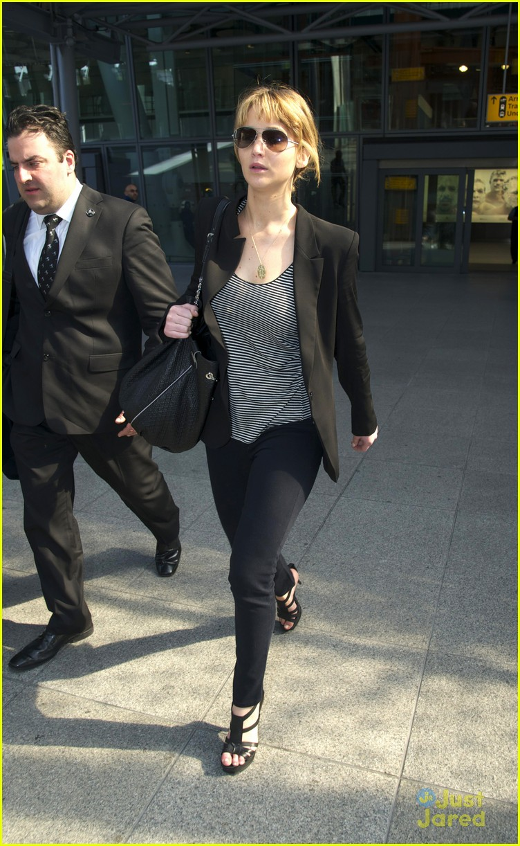 jennifer lawrence heathrow arrival 06