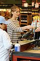 Jennifer-wholefoods jennifer lawrence whole foods 13