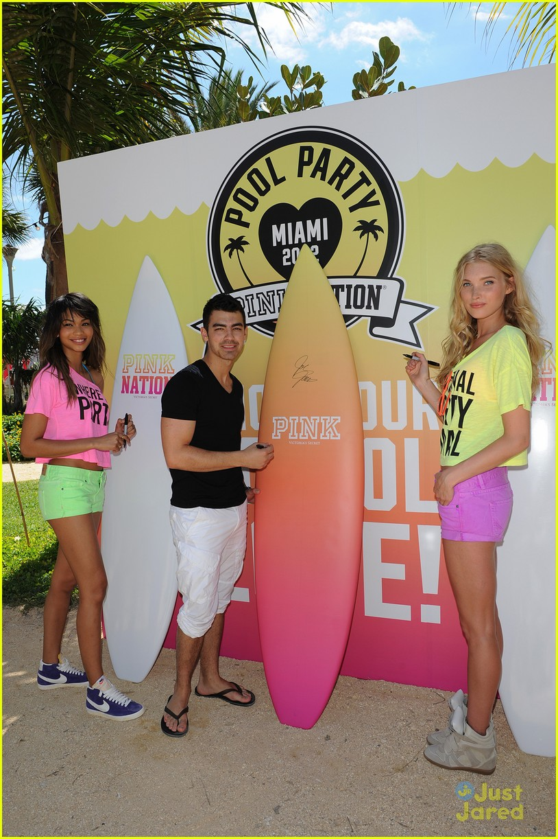 joe jonas pink party miami 08