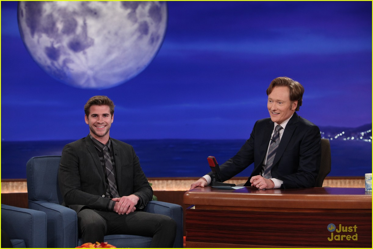 liam hemsworth josh hutcherson conan 01
