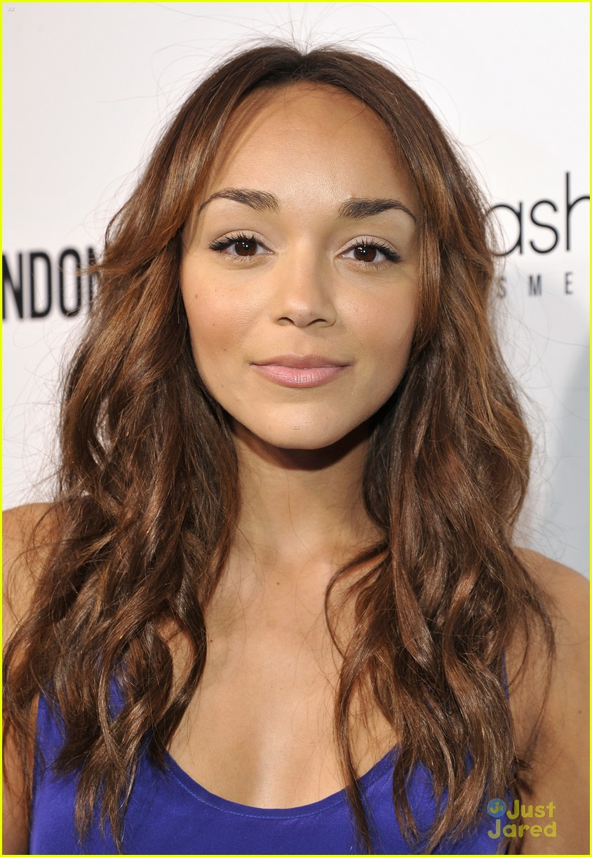 ashley madekwe modern vintage 06