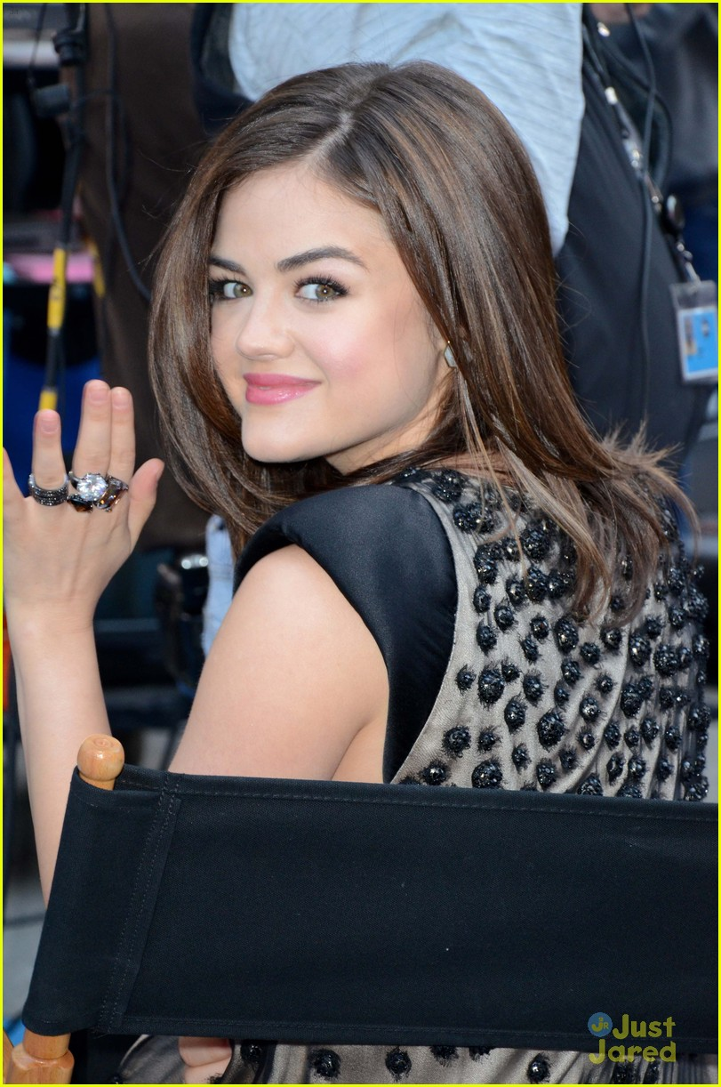 troian lucy shay gma upfronts 08