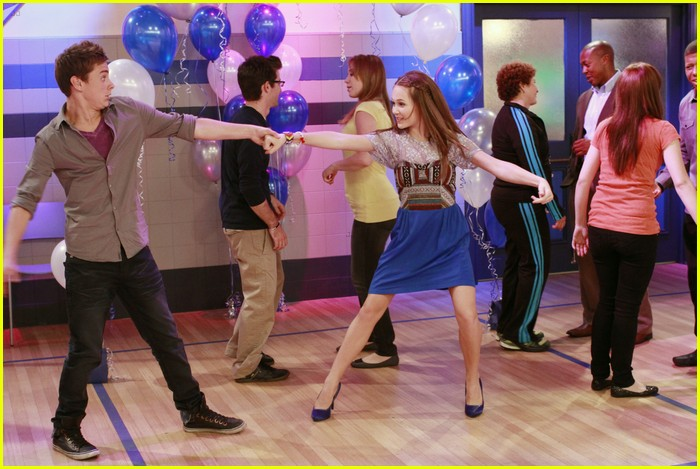 lab rats school dance 01