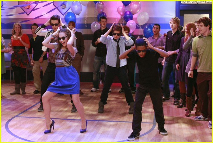 lab rats school dance 05